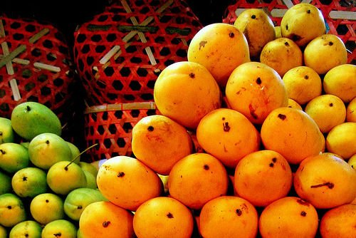 Buy Organic Mangoes Online in India by pearl Group