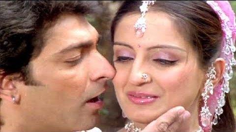 Gujarati Actress Mona Thiba Kissing Scenes Video – Hot Leap Lock Kiss Pics with Actor Hitu Kanodia