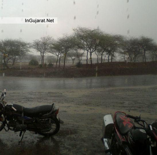Finally its raining at Kalawad Gondal and Other Areas of North and South Gujarat Images