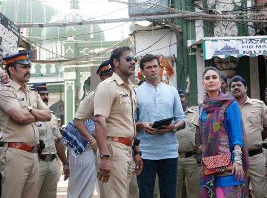 Kareena Kapoor Dresses in Singham Returns 2014 - Buy Designer Replica Dress Online