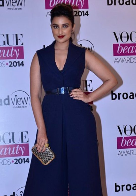 Parineeti Chopra Hot Cleavage Pics in Blue Jumpsuit.jpg