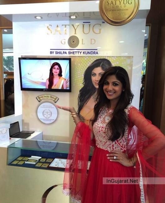 Shilpa Shetty in Ahmedabad Gujarat, Launches Satyug Gold Stores her own Jewellery Brand with Raj Kundra