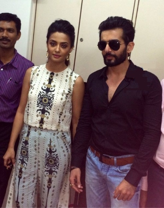 Surveen Chawla in Surat with Jay Bhanushali for Promotion Hate Story 2 Movie
