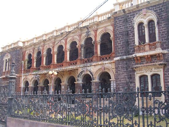 The Famous Kutch Museum in Bhuj Gujarat History Timing  Kutch Museum Online
