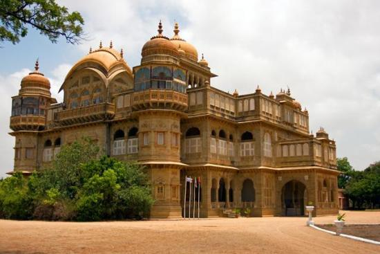 Vijay Villas Palace Mandavi Kutch Gujarat History Timings Information