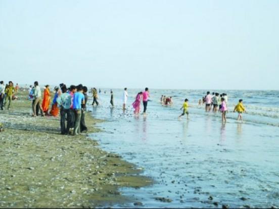 Dumas Beach near in Surat Gujarat - Dumas Haunted Place Surat Gujarat