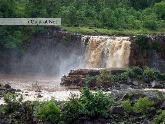 Gira Waterfalls on Ambika River in Dangs - Location