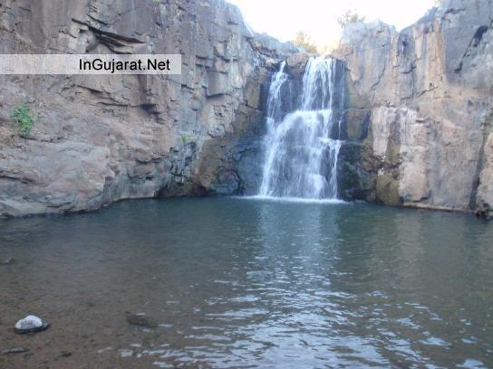 Jhanjhari Waterfall in Ahmedabad - Zanzari Waterfall near Ahmedabad in Gujarat - Location - Distance - Photos - Images