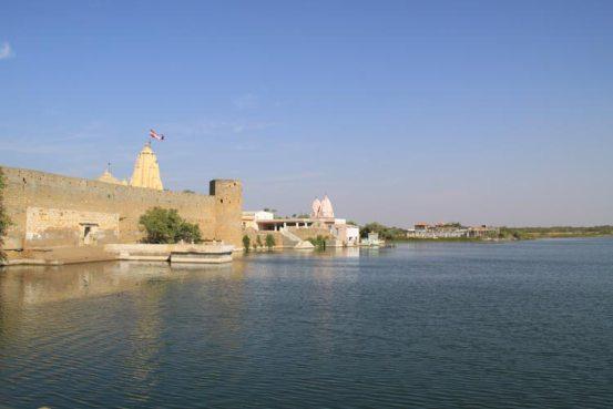 Narayan Sarovar Kutch Bhuj Gujarat History