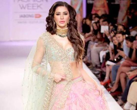 Nargis Fakhri Latest Photos in Pink Green Choli at LFW Winter Festival 2014