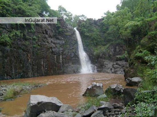 Ninai Fall Dediapada Gujarat - Photo - Images of Ninai Waterfall Dediapada Gujarat
