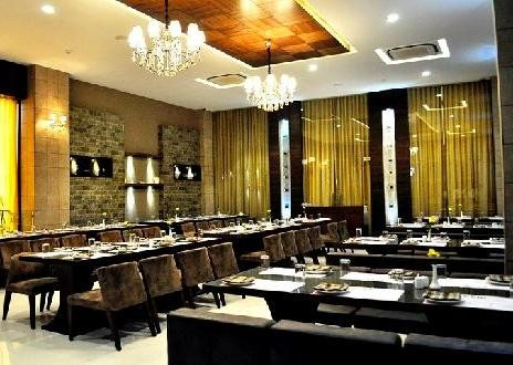 Banquets and Restaurant