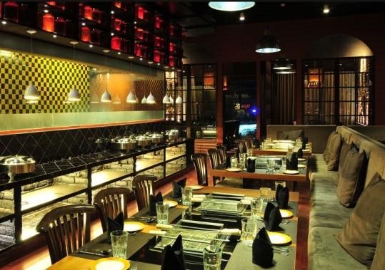 Pepperazzi Restaurant at Ahmedabad