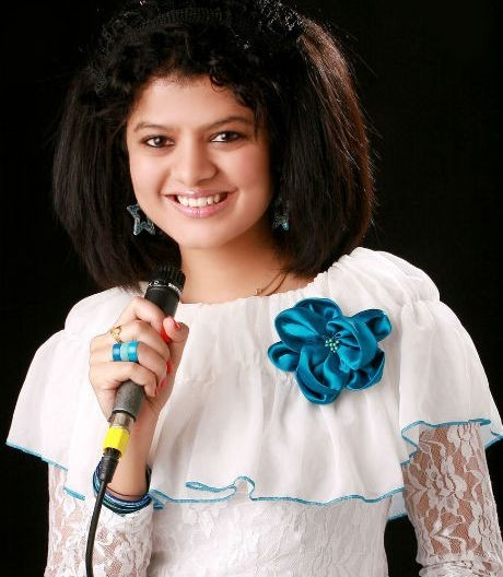 Palak Muchhal Live in Concert in Ahmedabad