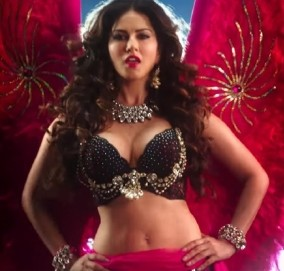 Ek Paheli Leela Movie Hot Pics - Wallpaper - Photos