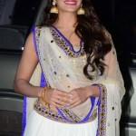 Jacqueline Fernandez in White Choli during Tulsi Kumar – Hitesh's Wedding Reception