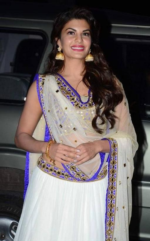 Jacqueline Fernandez in White Choli during Tulsi Kumar - Hitesh's Wedding Reception