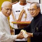 Lal Krishna Advani Received Padma Vibhushan at Padma Awards 2015