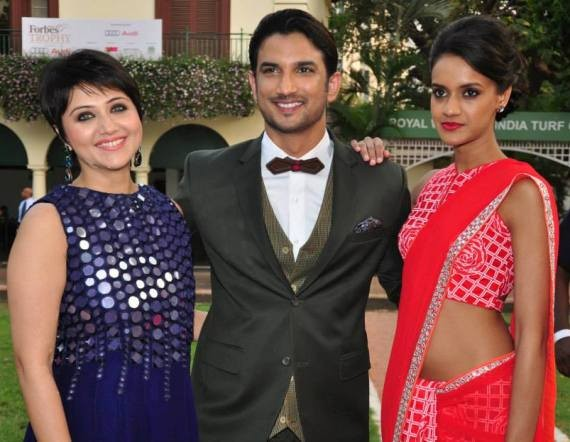 Divya Menon with Swastika Mukherjee and Sushant Singh Rajput Byomkesh Bakshy 2015
