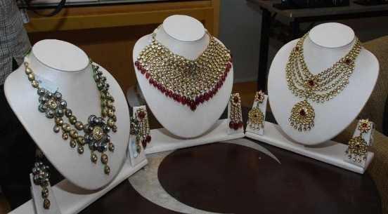 Palatial Jewellery Exhibition in Rajkot at Hotel Rajdoot.jpg