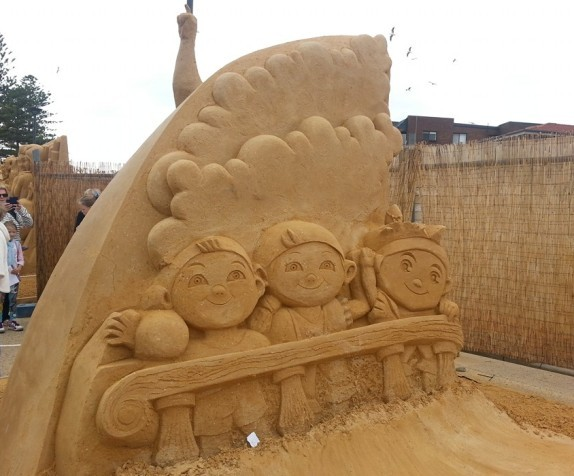 Photos of Sand Sculptures during Latest Weekend Trip to Noarlunga Beach