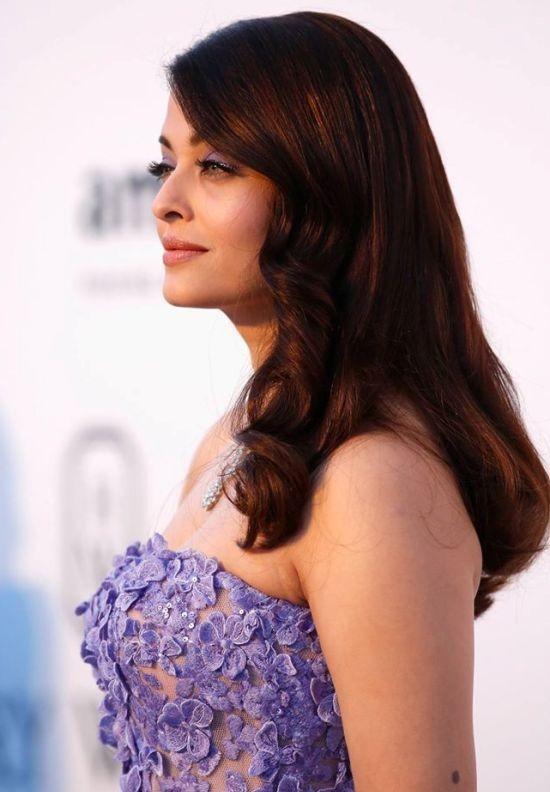Aishwarya Rai Hot Pics from Cannes 2015