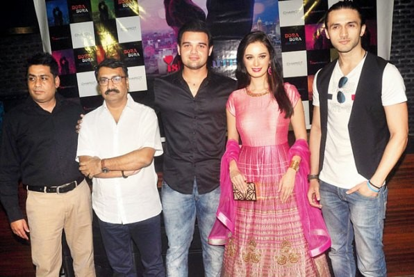 Evelyn Sharma in Pink Anarkali Dress during Ishqedarriyaan Movie Poster Launch.jpg