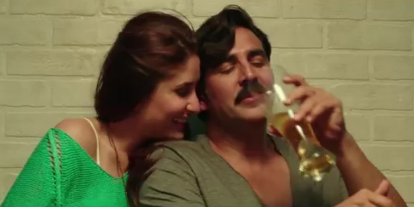 Kareena Kapoor with Akshay Kumar in Teri meri Kahaani
