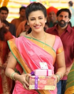 Shruthi Hasan Saree Pics - Half Saree and Marathi Sari Blouse Images of Shruti Haasan in Gabbar Is Back