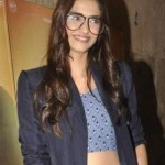 Sonam Kapoor in Casual Outfits and Oversized Retro Glasses at Masaan Film Screening – Latest Photos