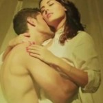 Bhaag Johnny Movie Hot Kissing Bed Scene Photos – Kunal Khemu and Mandana Karimi Lip Lock Pics