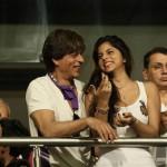 Shahrukh Khan with Daughter Suhana and Son AbRam at IPL 2018 at Kolkata's Eden Gardens